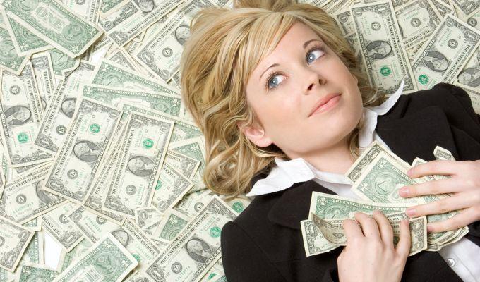 Мечтать не вредно: россияне рассказали, какая зарплата сделает их счастливыми
