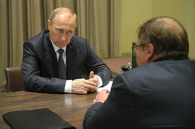 Путин принял отставку губернатора Ивановской области. 10-й — на выход!