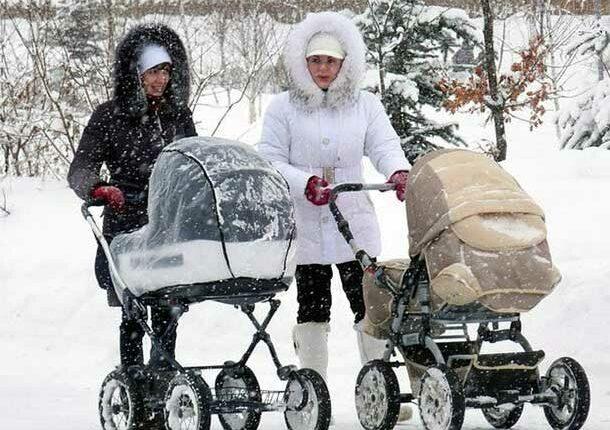 Дефицит садиков, низкие пособия и удивительный оптимизм: ВЦИОМ нарисовал картину российского материнства