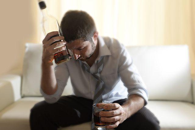 Южный Урал скатывается в пучину пьянства. Опубликован новый рейтинг