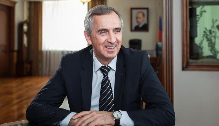«Настоящий друг». Новогодние миллионы от челябинского министра Тупикина. Расследование