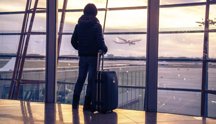 Треть южноуральцев, ищущих работу, готовы уехать куда угодно. Но лучше в Москву…