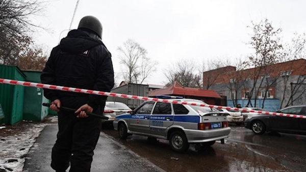 Экс-директор фабрики «Меньшевик» задержан из-за рейдерского захвата своего же предприятия. В деле замешаны зампрокуроры Москвы