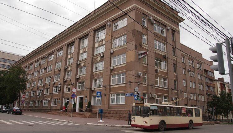 Челябинская мэрия выкупила автобусы сама у себя