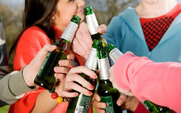 Шпана предлагает челябинцам скинуться ей на Новый год. ФОТО