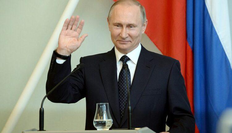 Песков: Путин может объявить о выдвижении в любой момент
