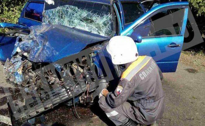 В Саратовской области в результате аварии с участием BMW священника погибла женщина
