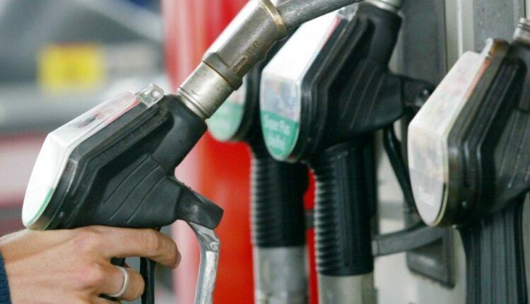 В правительстве анонсировали повышение акцизов на бензин