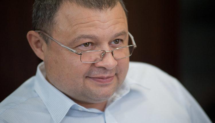 Челябинские чиновники превратились в «троллей». Правдаматки из КУИЗО в рабочее время атакуют «Русскую Прессу»! ФОТО