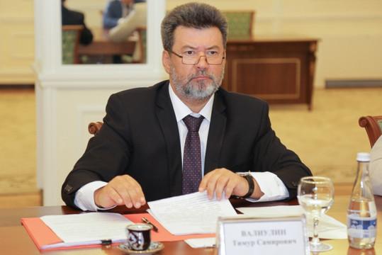 Главный борец с экстремизмом в России ушел в отставку