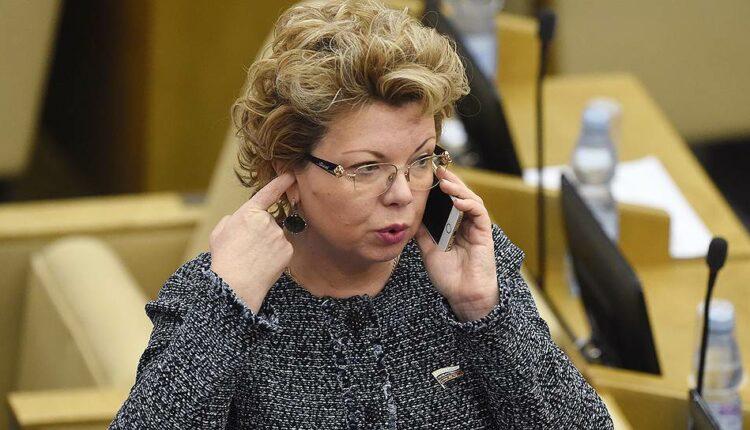 «Челябинскую стерву» Ямпольскую выгнали из Высшего совета «Единой России»