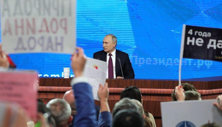 Владимир Путин пообещал встретиться с оппозиционерами, победившими на губернаторских выборах