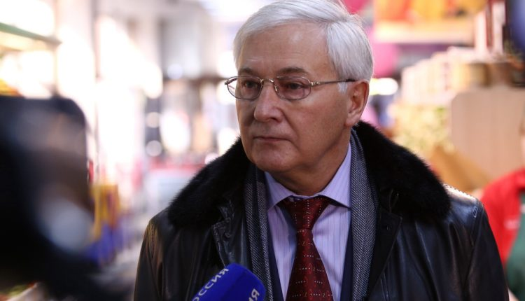 Зампред челябинского ЗСО, надевший куртку за 1 млн на субботник, уличен в конфликте интересов