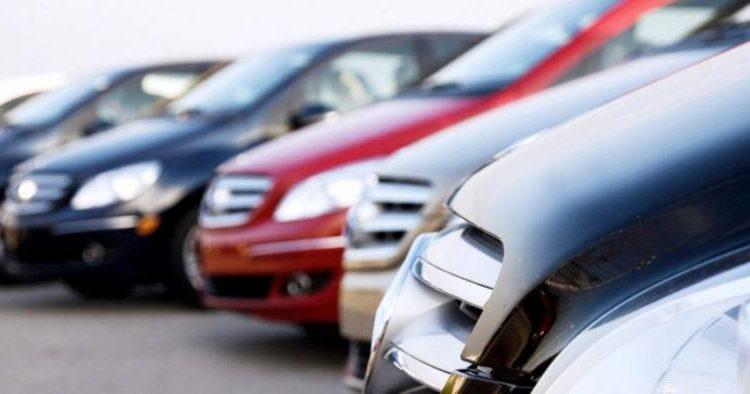 Чиновника Ространснадзора освободили от должности после приобретения его супругой 66 автомобилей