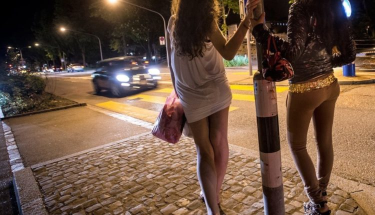 На сайт челябинского «Молодежного ресурсного центра» «переехали» проститутки