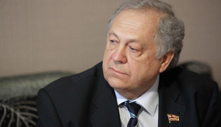 Прокуратура подаст в суд на челябинское Заксобрание за отказ рассматривать вопрос об иностранном бизнесе депутата Янова, найденном «Русской Прессой»