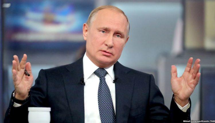 Рейтинг доверия Путина обвалился, побив рекорд 2006 года