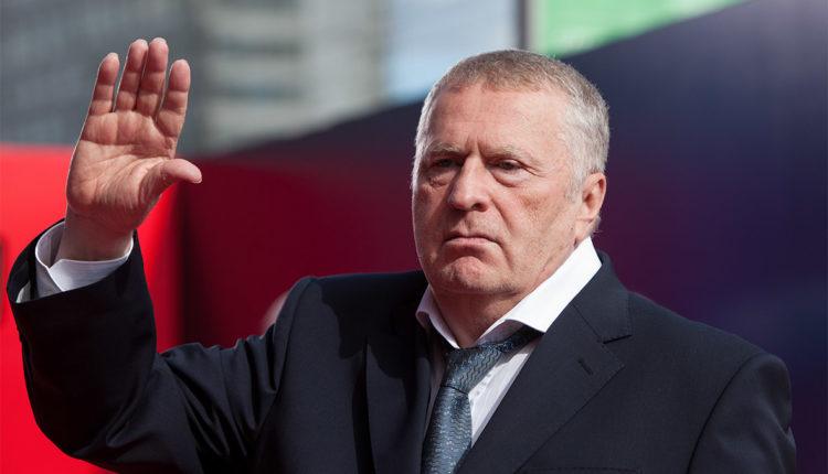 В Кремле задумались об отправке Жириновского на пенсию