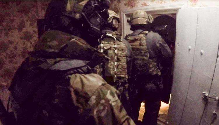 Сотрудники ФСБ ликвидировали боевика, собиравшегося совершить теракт в Самарской области. ВИДЕО