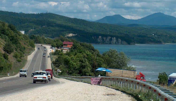 Контракт на строительство самой дорогой дороги России может получить компания Аркадия Ротенберга