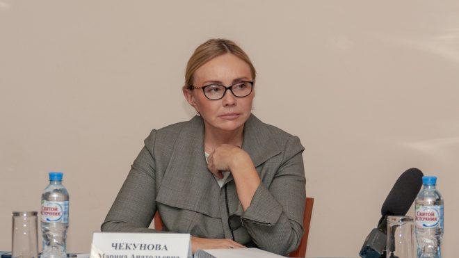 Владимирский вице-губернатор порекомендовала нищим лечить запор слабительным, которое не производят уже 20 лет
