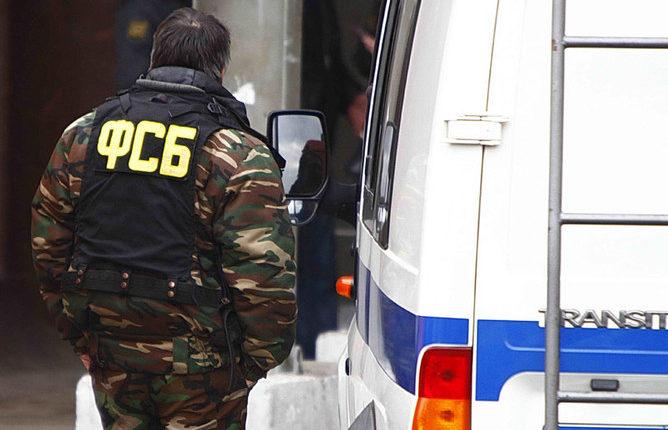 ФСБ проводит обыски в Москве, Петербурге и Липецке по делу о хищении средств гособоронзаказа