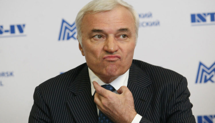 Владелец ММК Рашников обеднел на 400 миллионов