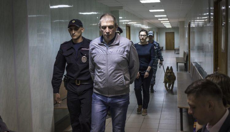 Сотрудников партнёра экс-губернатора Дубровского отправили в тюрьму
