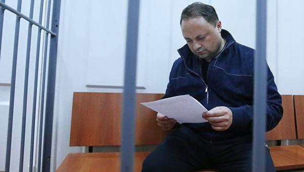 Экс-мэр Владивостока осужден по делу о коррупции. Он получил 15 лет колонии и штраф в полмиллиарда рублей