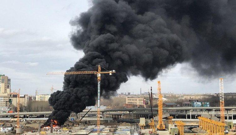 В центре Челябинска загорелась стройплощадка конгресс-холла, который возводит компания экс-губернатора Дубровского