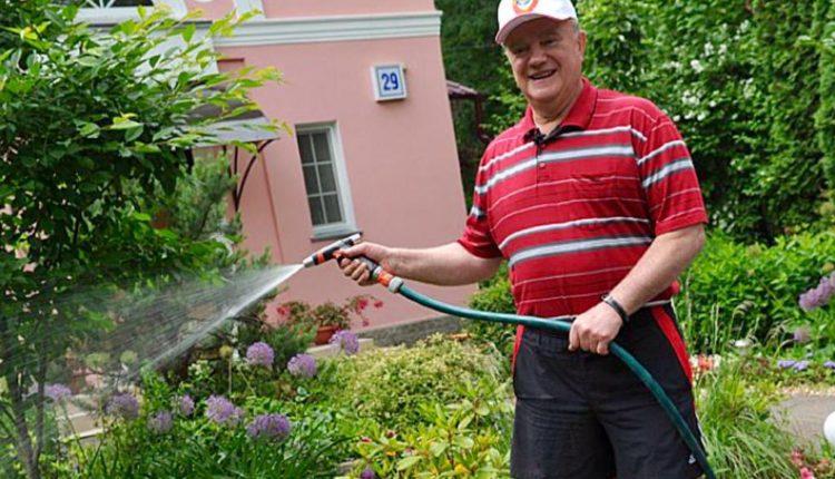Ярый борец с приватизацией Геннадий Зюганов приобрел в собственность госдачу в Подмосковье
