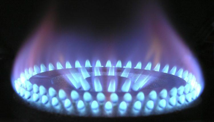 Северный Кавказ не хочет платить за газ и электричество. Общий долг – 120 миллиардов рублей