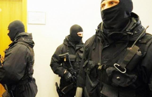 Челябинские анархисты подверглись обыскам в связи с делом о взрыве в здании УФСБ в Архангельске