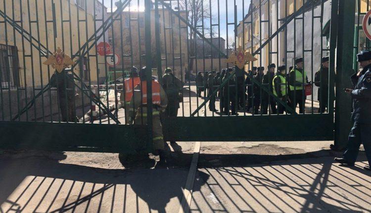 В военной академии в Петербурге произошел взрыв. Полицию отстранили от расследования