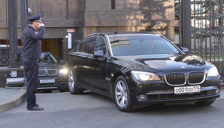 Раскрыта схема покупки BMW за 9 млн для бывшего челябинского губернатора Дубровского