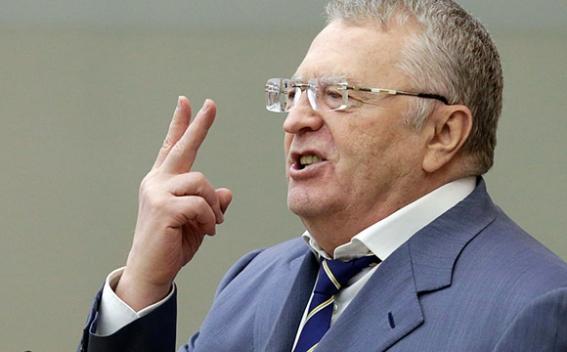 Жириновский продал свое роскошное поместье за 400 миллионов внебрачному сыну
