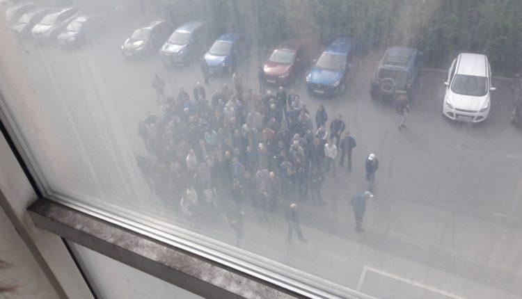 На ЧЭМК олигарха Аристова устроили репрессии после митинга за повышение зарплат