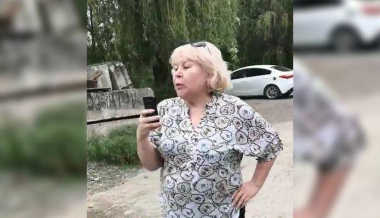 На Кубани пьяная федеральная судья ударила девушку по лицу и угрожала ее отцу. ВИДЕО