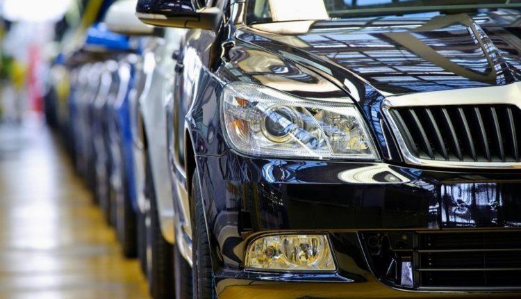 В России за май на 18% обрушились продажи автомобилей