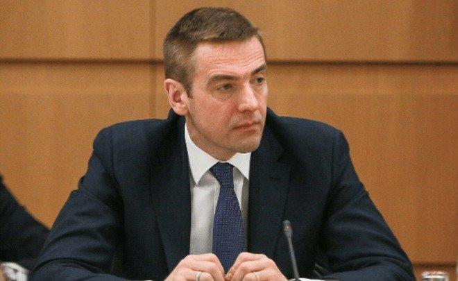 Семья зама министра Мантурова обогатилась на командировках чиновников Минпромторга