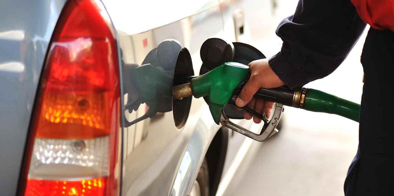Обнародован рейтинг с регионами, в которых самый доступный для жителей бензин