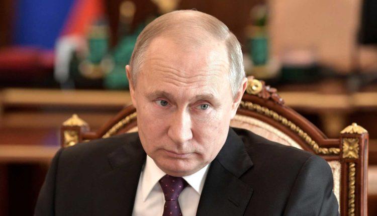 Силовики перестанут штрафовать россиян за оскорбление Путина, губернаторов и мэров
