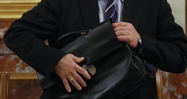 В Госдуме предложили обязать госслужащих отчитываться о расходах еще три года после отставки