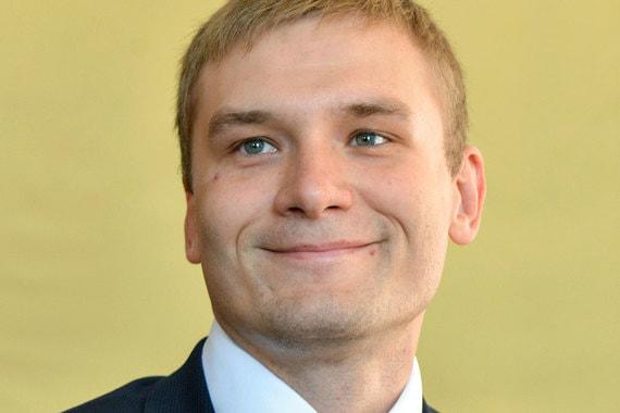 На россиянина, назвавшего губернатора-коммуниста Коновалова «гаденышем» и «засранецем», возбудили дело за неуважение к власти