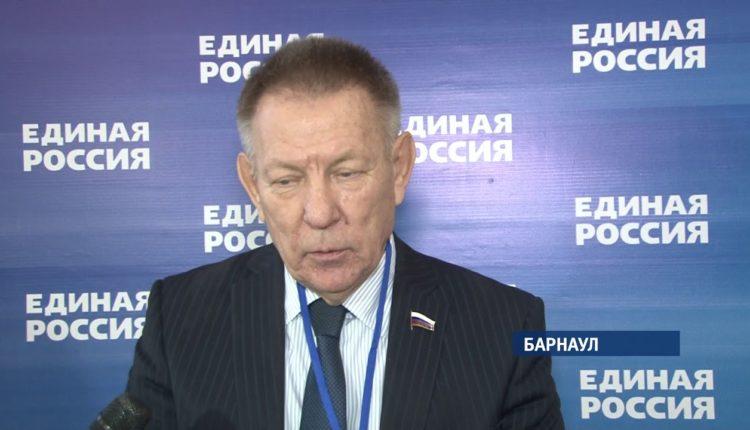 Lexus депутата Госдумы сбил мотоциклиста и скрылся с места аварии