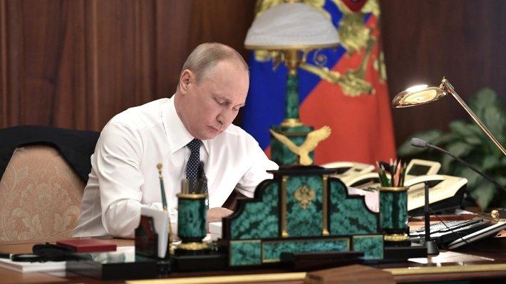 Путин уволил двух генералов МВД из-за дела Голунова
