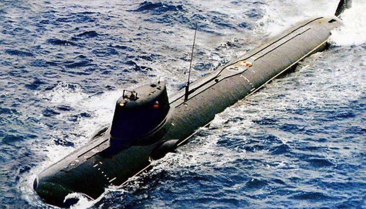 Министерство обороны организует тайные похороны четырнадцати погибших подводников