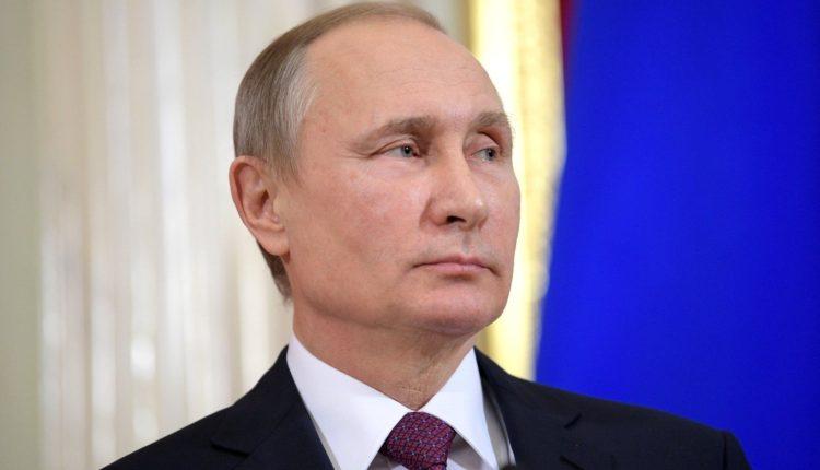 Путин заявил о росте доходов россиян