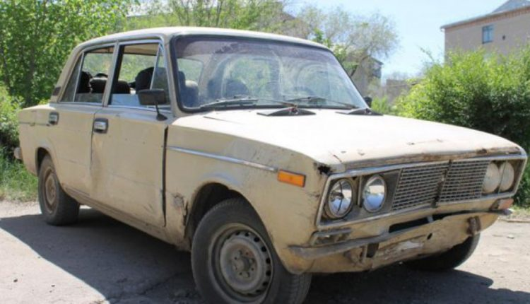 Очередной удар по простым людям: в Госдуме решили запретить эксплуатацию старых автомобилей