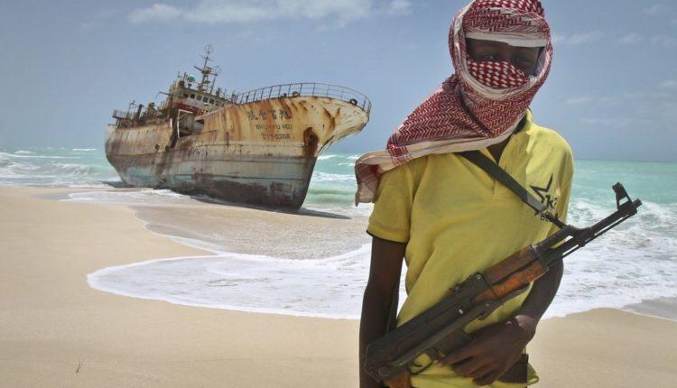 Пираты захватили трех россиян у берегов Камеруна